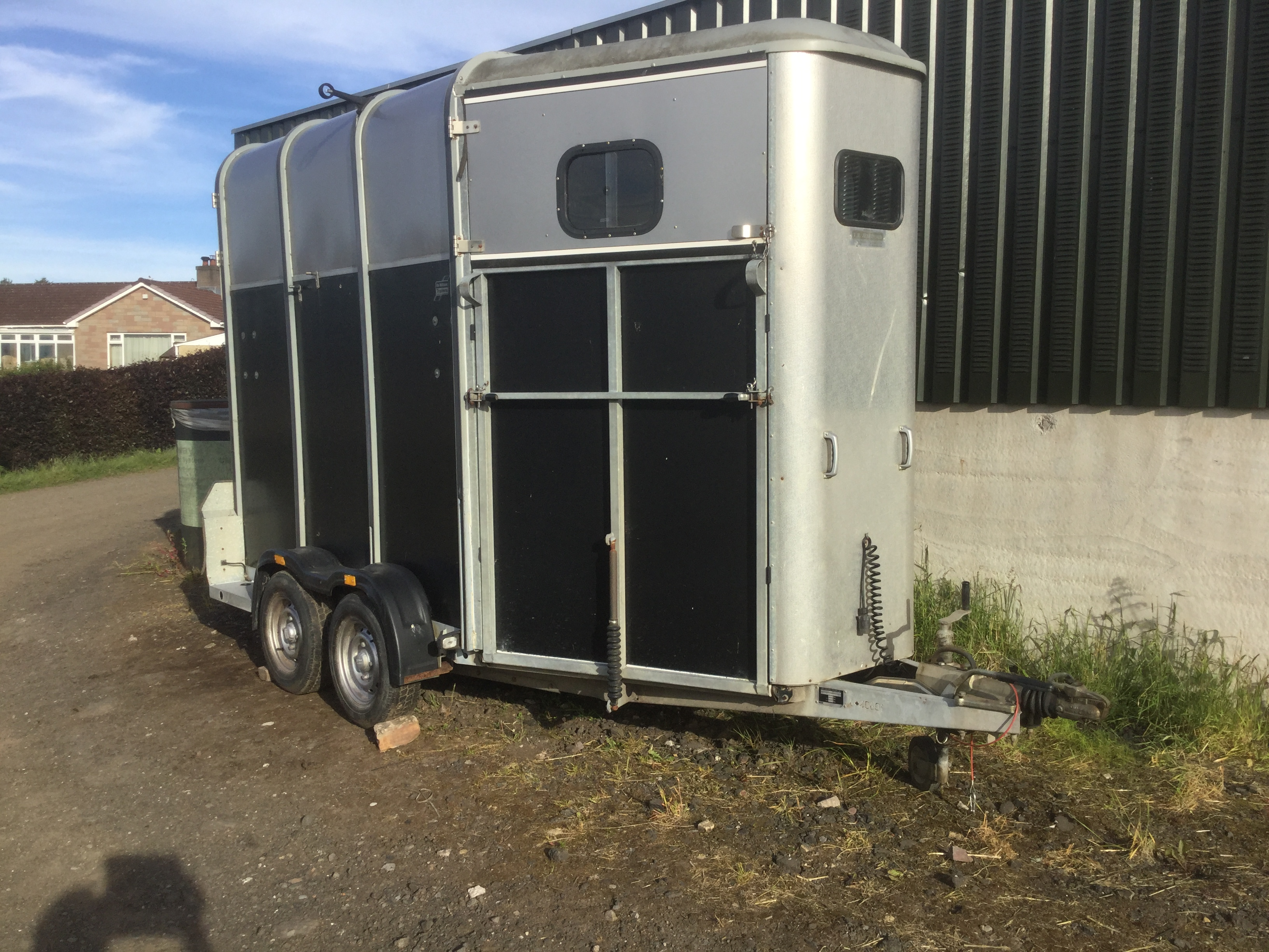 Used Ifor Williams 510 Horse Triler for Sale, front view elevation