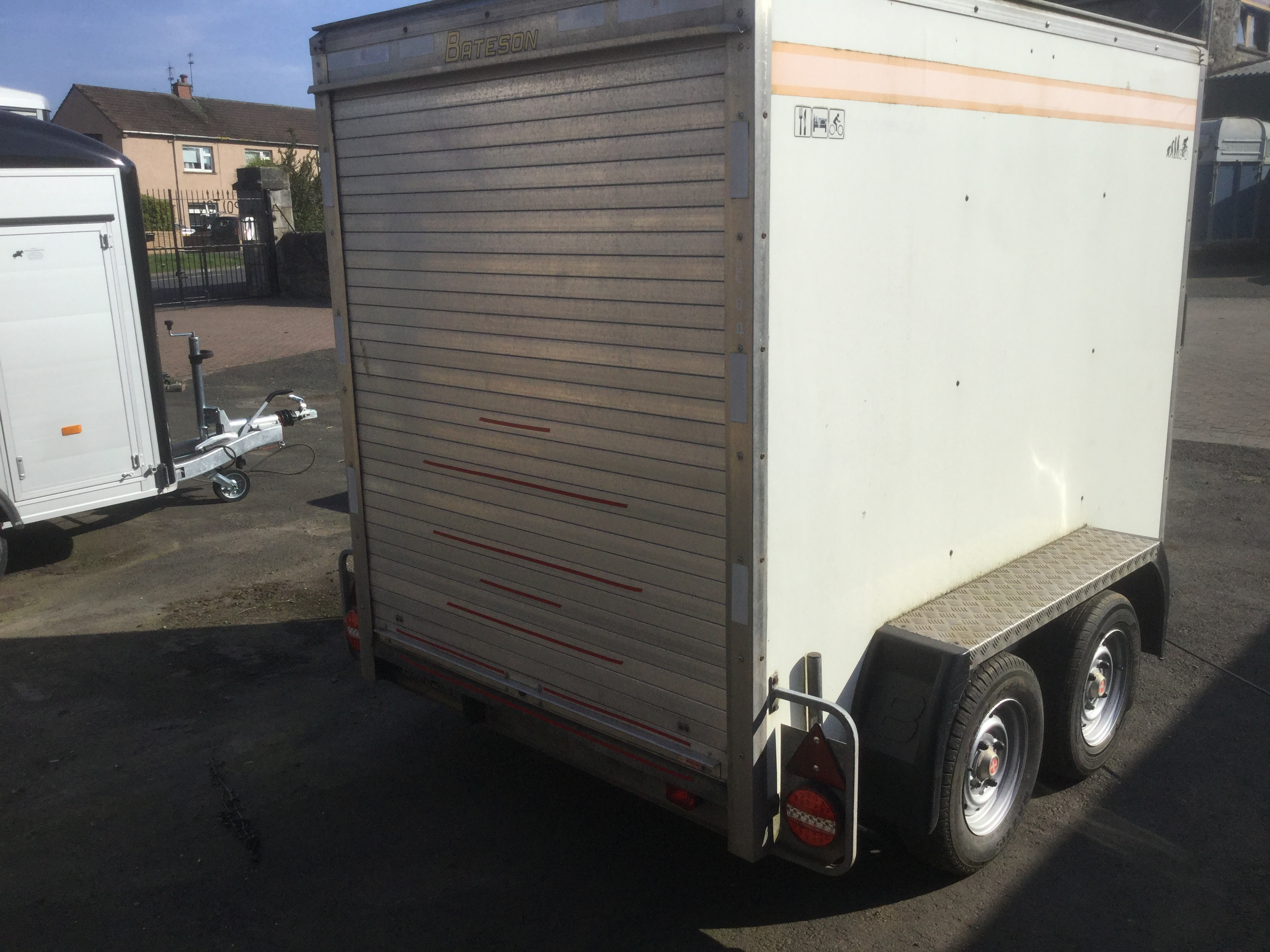 Bateson Boxvan trailer rear door