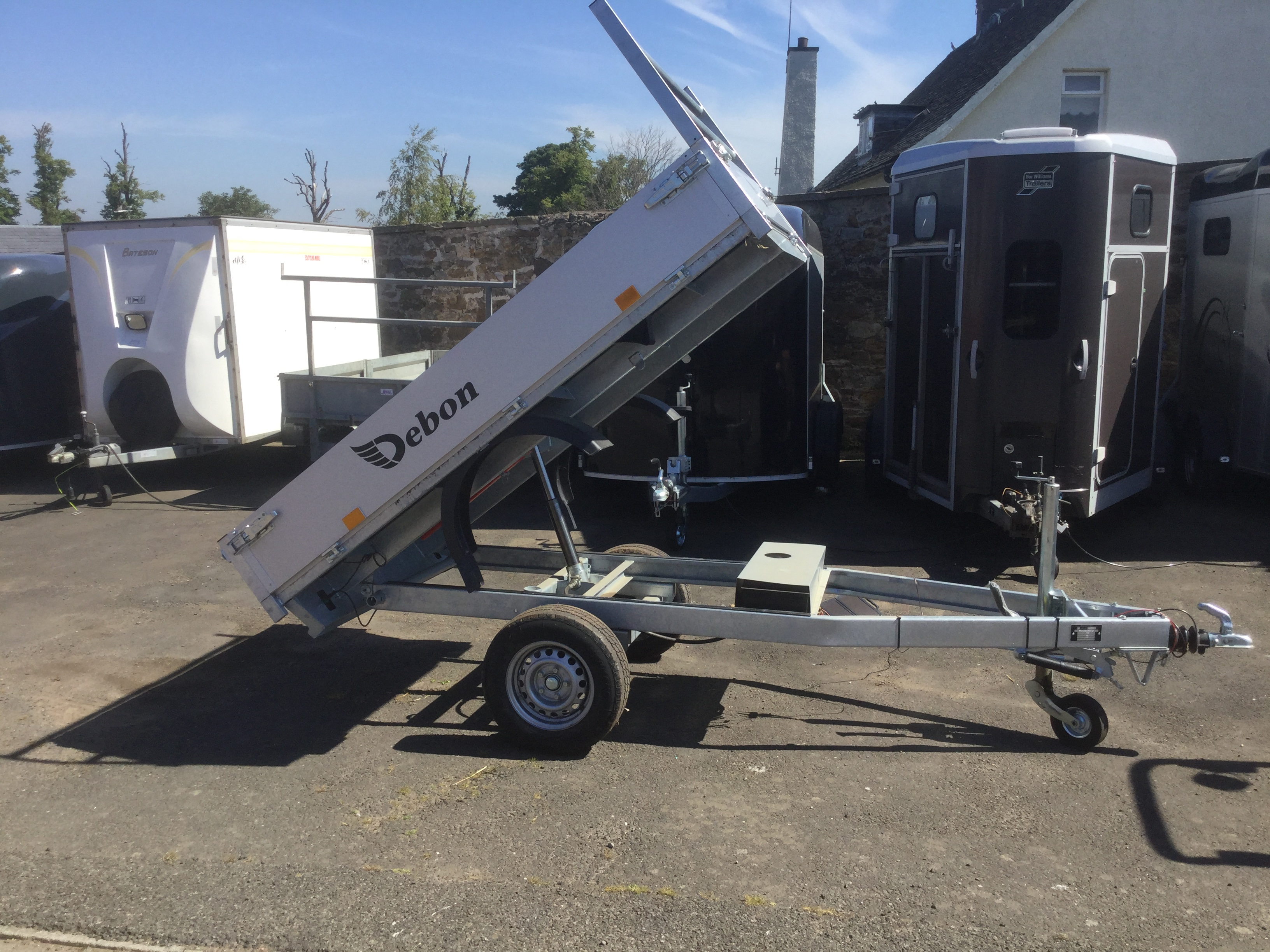 Debon electric tipper