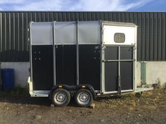 Used Ifor Williams 510 Horse Triler for Sale, side view elevation